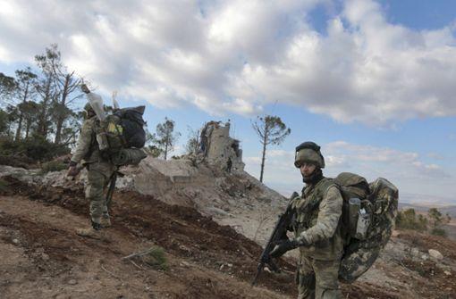Türkei schafft Waffen für Offensive über die Grenze