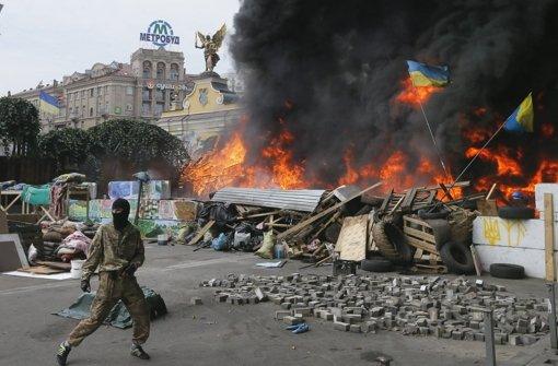 Die Separatisten in der Ostukraine fordern eine Feuerpause. Doch die Armee rückt weiter vor. Die Gefechte werden erneut härter.  Foto: dpa