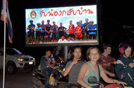 Thais freuen sich über Rettung der Jungen