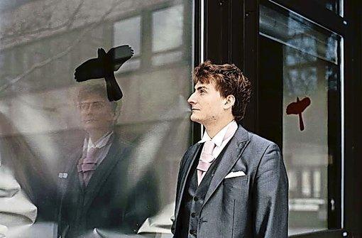 Was es bedeutet, wenn jemand den Schnabel aufreißt: Chansonnier Sebastian Krämer Foto: promo