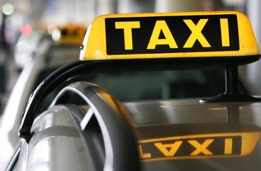 Das Taxi  kommt am Montag nicht
