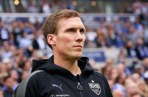 VfB-Coach Hannes Wolf stellte sich am Donnerstag den Fragen der Medienvertreter vor dem Spiel gegen den VfL Wolfsburg. (Archivbild) Foto: Pressefoto Baumann