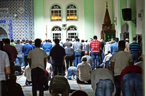 Neurechte trommeln gegen die Moschee