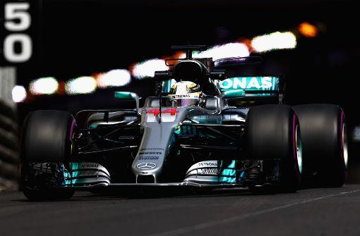 Mercedes und der Schuss ins Knie