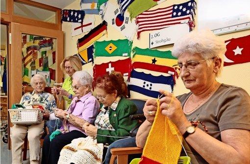 Flaggen stricken wie die Weltmeister