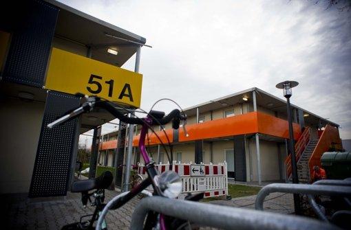 Mehr Licht, mehr Fahrradständer, weniger Verkehr: Das fordert die Fraktion SÖS-Linke-Plus für die Asylunterkunft an der Mercedesstraße. Foto: Archiv Lichtgut/Max Kovalenko