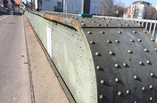 Anstrich für die Wilhelmsbrücke gefordert