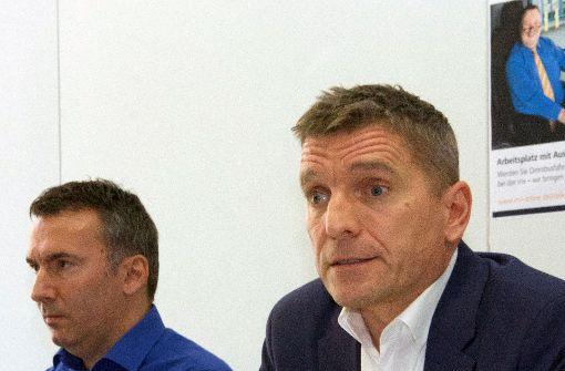 Zwei Mitarbeiter wegen Rassismusvorwürfen freigestellt