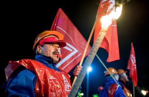 Auch Firmen erwägen Klage gegen Streiks