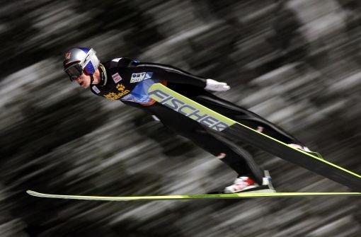 bGregor Schlierenzauer/b gewinnt am b6. Januar/b als vierter Österreicher hintereinander die Vierschanzentournee. Bester deutscher Skispringer ist Severin Freund als Siebter. Foto: PAP
