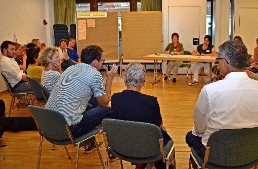 Ein Querschnitt der Filderstädter Bevölkerung diskutiert bei einem Workshop über die Nachhaltigkeit in der Stadt. Foto: Fatma Tetik