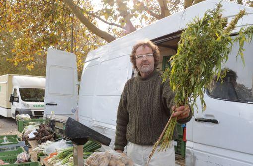Wie ein Biobauer für die umstrittene Nutzpflanze kämpft