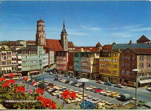 Der Marktplatz als Parkplatz in den 1960ern Foto: Thomas Hager