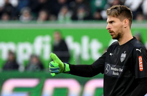 Ron-Robert Zieler (Note 3): Der Schlussmann hatte schon souveränere Auftritte im Trikot des VfB. Was sich unter anderem an seinen teils wackeligen Abspielen festmachte. Was zu halten war, hielt Zieler aber. Foto: dpa