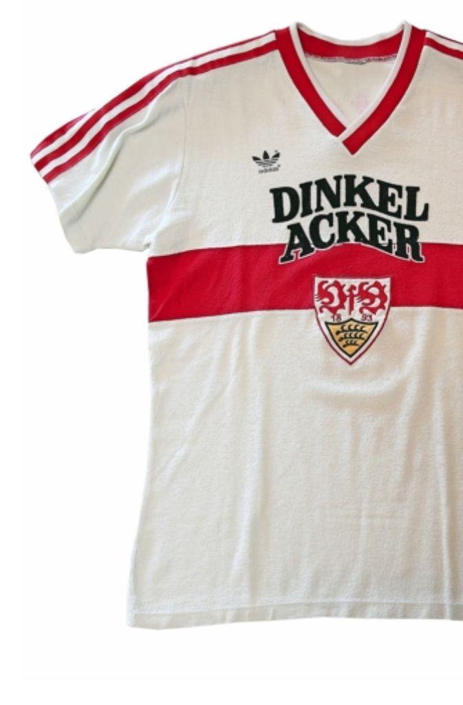 Ex-Handballspieler Ralf Burkhart hat 1100 Trikots in seinem ...