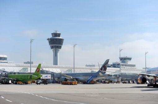 Betrunkener Fluggast verursacht Zwischenlandung