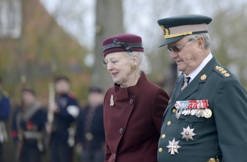Königin beschwört Zusammenhalt
