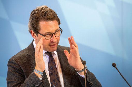 Scheuer: Autobesitzer sollen nichts für Hardware-Nachrüstung bezahlen müssen