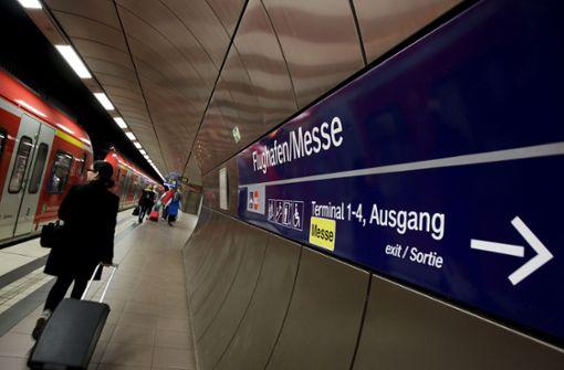 Die S-Bahn fährt, aber     eine ICE-Anbindung an den Flughafen sieht die Bahn nicht mehr vor. Foto: Lichtgut/Leif Piechowski