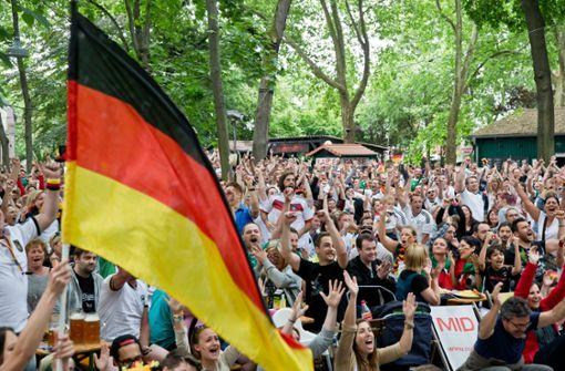 Notärzte warnen vor Herzinfarkten bei Deutschlandspielen