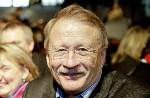Will über die Nachbesserung der Bahnpläne sprechen: Wolfgang Drexler, SPD Foto: Leif Piechowski