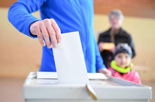 In Giengen an der Brenz (Landkreis Heidenheim) hat am Sonntag keiner der neun Oberbürgermeister-Kandidaten die mindestens erforderliche Hälfte aller Stimmen bekommen. (Symbolbild) Foto: dpa