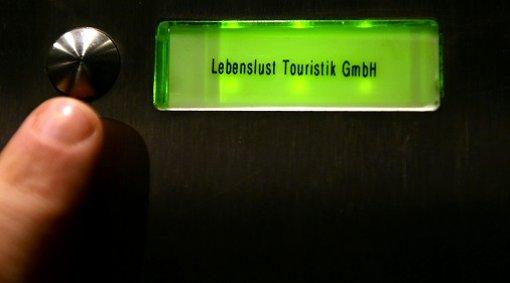 """""""Die schrecklichen Ereignisse des heutigen Tages machen uns tief betroffen"""", äußert sich der Geschäftsführer der Lebenslust Touristik GmbH Berlin, Marco Scherer, in einer Mitteilung. Foto: dpa"""