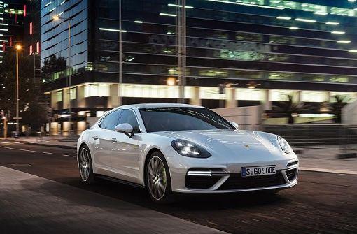 Porsche zeigt Panamera mit Elektromotor und V8
