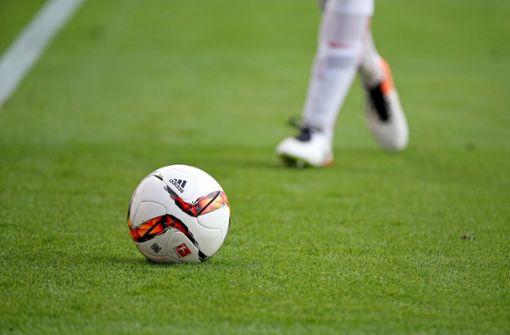 Fußballspieler nach Nasenbiss für sieben Jahre gesperrt