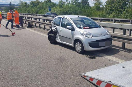 Auch der Citroen wurde beschädigt. Foto: SDMG
