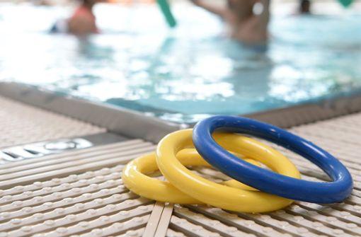 Schwimmlehrer soll fast 40 Kinder missbraucht haben