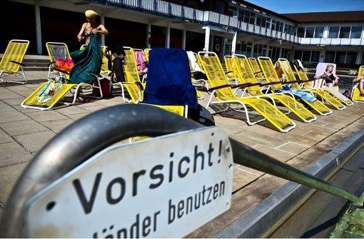 Badegäste ärgern sich über neue Liegen