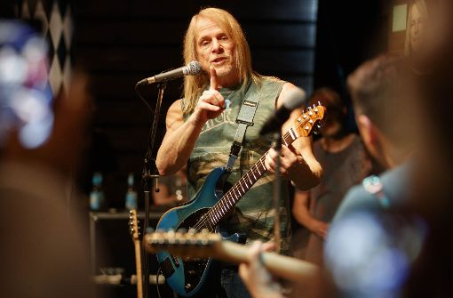 Bodenständig trotz Weltruhm: Deep-Purple-Gitarrist Steve Morse. Foto: Gottfried Stoppel