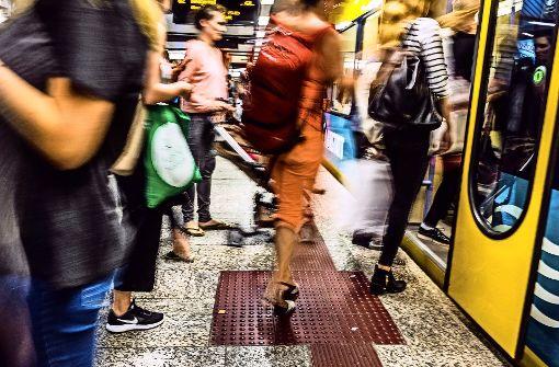 Mehr Fahrgäste in Busse und Bahnen