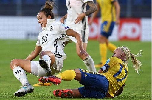 Gegen die defensiv kompakten Skandinavierinnen fanden die DFB-Frauen keine Mittel. Foto: dpa