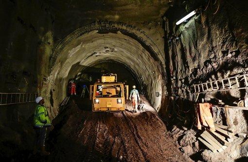 Für das Bahnprojekt Stuttgart 21 müssen die SSB einige Stadtbahntunnel verlegen. Um die unterschiedlichen Formen der Entschädigung für Grundstückseigner gibt es Diskussionen. Foto: Leif Piechowski