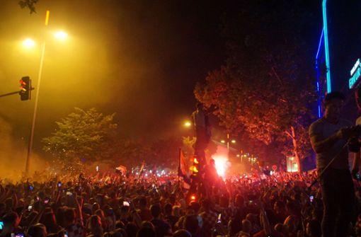 Warum kroatische Fans ihre Siege mit Pyrotechnik feiern