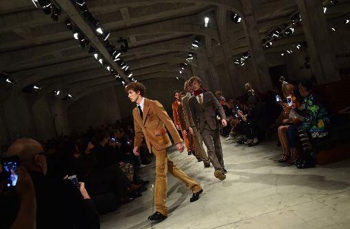 Prada zeigt Mode-Trends für den Herbst