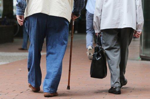Genervter Rentner will Ehefrau durch Banküberfall entkommen