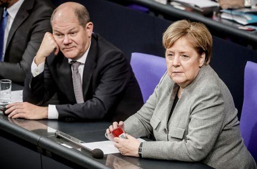 Opposition kritisiert den Finanzminister als Mr. Gießkanne