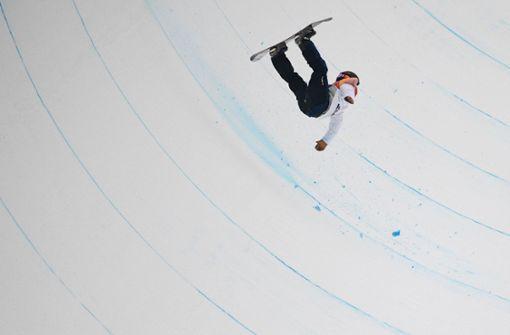 Schreckmoment im olympischen Halfpipe-Finale Foto: AFP