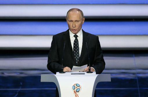 Putin verspricht bei Auslosung großartige WM