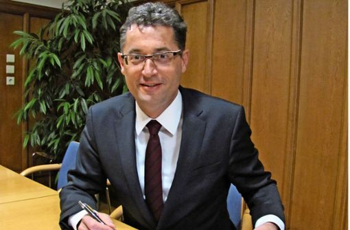 """Sparen bleibt weiter oberstes Gebot"", sagt Bürgermeister Michael Lutz. Foto: Claudia Barner"