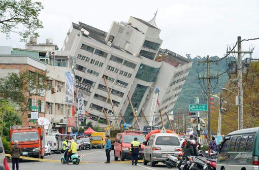 Sechs Tote und 88 Vermisste nach Erdbeben