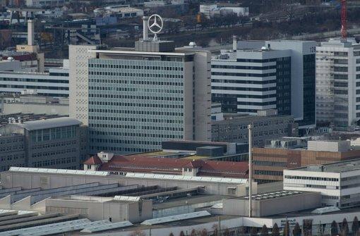 Die Daimler-Zentrale in Untertürkheim Foto: dpa