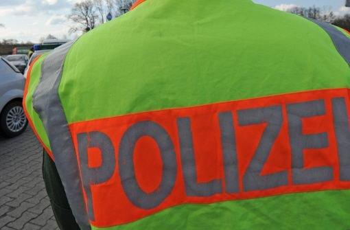 Ein verdächtiges Päckchen hat am Samstag vor dem Mannheimer Hauptbahnhof für Aufregung gesorgt. Foto: dpa
