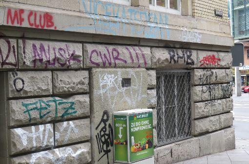 Graffiti-Sprayer auf frischer Tat ertappt