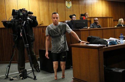 Dramatischer Auftritt vor der Richterin