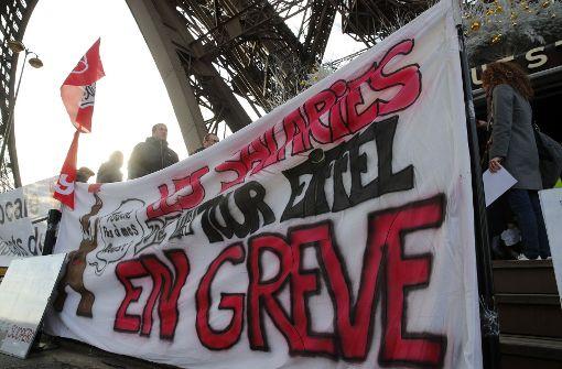 Eiffelturm vierter Tag in Folge geschlossen