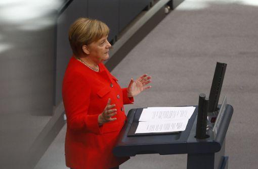 """Bundeskanzlerin Angela Merkel (CDU) sagte, es gebe keine Entschuldigung für """"Hetze"""" und """"Naziparolen"""". Foto: Getty"""